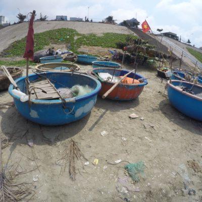 Erfindung der Fischer in Mui Ne. Eigentümliches Fischerboot
