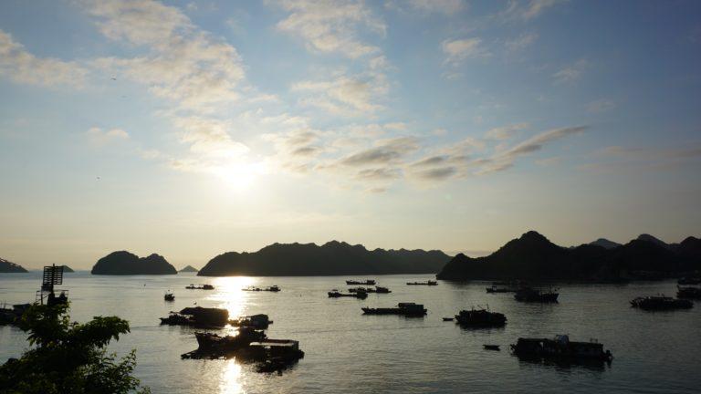 4 Übernachtungen in Cat Ba ( Ha Long Bay )