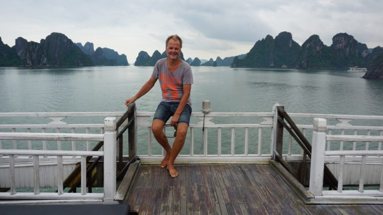 Reisetag: Cat Ba via Lan Ha Bucht, Ha Long Bay, Ha Long City nach Hanoi