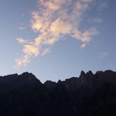 Sonnenaufgang am Yulong Xueshan