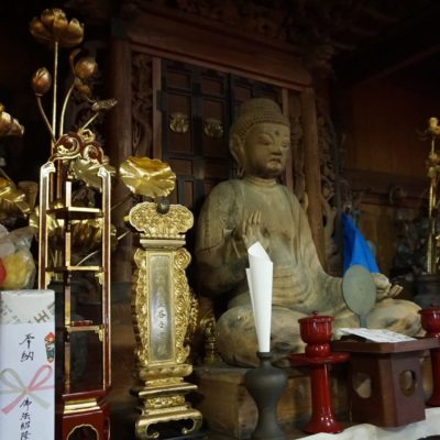 """Buddha Statue im """" Sakai """" Tempel"""