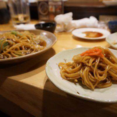 Romen (gebratene Weizennudeln mit Lamm und Spitzkohl, Spezialität aus Tatsuno)
