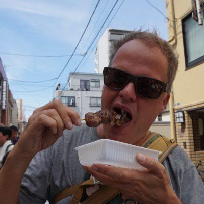 Und hier der Essmeister. In Japan haben wir wieder ein paar Kilo zugelegt.... Das Essen ist einfach zu lecker.