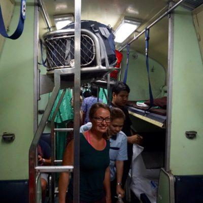 Train from Bangkok to Suratthani