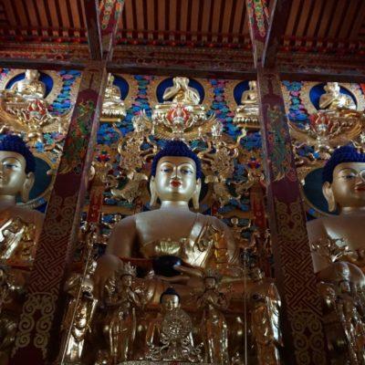 Hier ein buddhistischer Tempel mitten in Xining. Ein Juwel. Wir durften sogar fotografieren.