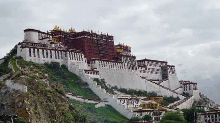 DER Potala Palast und das Sera Kloster