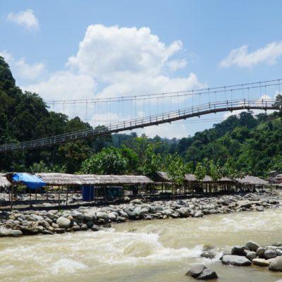 Brücke beim schönem Wetter