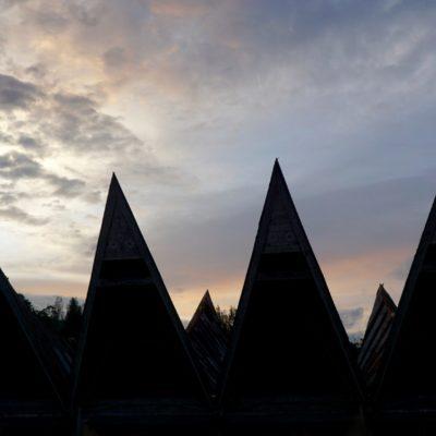 Batak Häuser am Abend