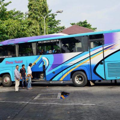 Reisebus von JOGJA nach Jakarta