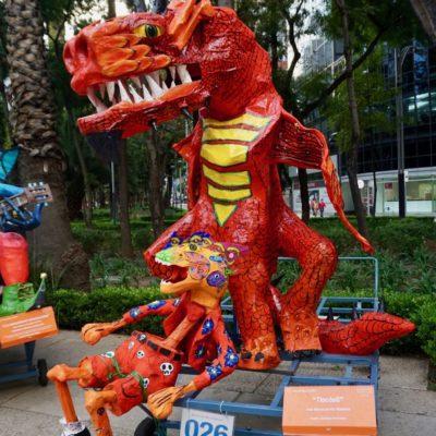 In der Innenstadt war ein Monsterfiguren Wettbewerb