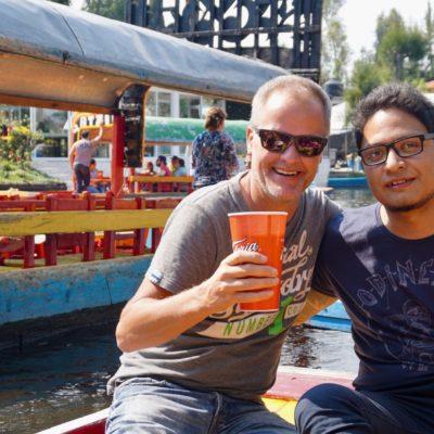 Auf dem Ausflugsboot in Xochimilco