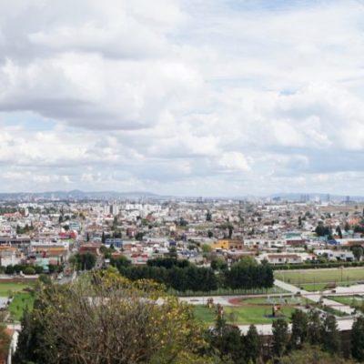 Ein weitere toller Ausblick in Richtung Mexiko City.  Wit befinden uns noch im Valle de Mexico.