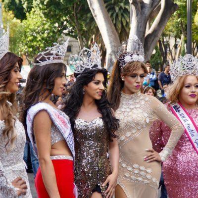 Schwulen und Lesbens Demo Puebla. Mexiko hat eine ausgeprägte Szene