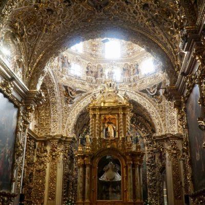 Spanischer Prunk in einen der Kirchen.