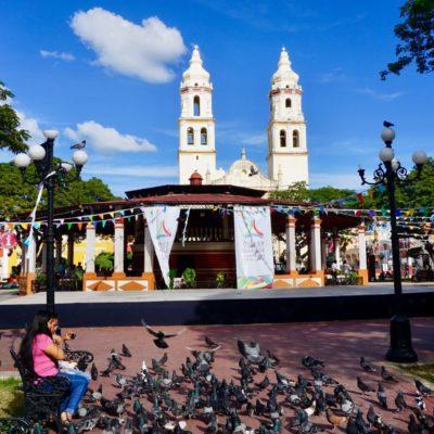 Der Zocalo von Campeche. Gleich gegenüber befindet sich unser Hotel