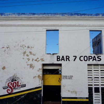 Eine Bar für echte Männer. Im ersten Stock ist noch was frei.