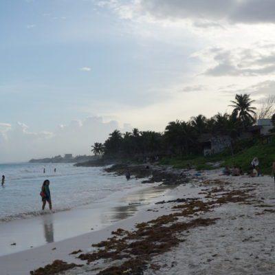 Am Strand von Tulum