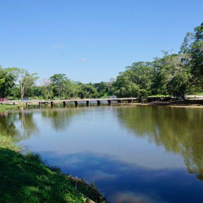 Am Macao River in San Ignacio.