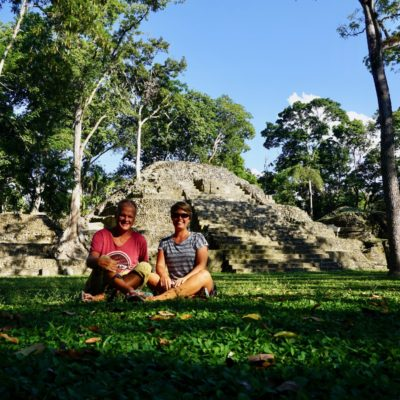 Picknick in der Maya Stadt. Warum auch nicht.