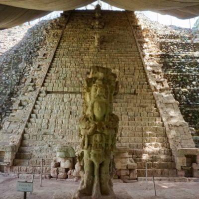 Die Hieroglyphentreppe