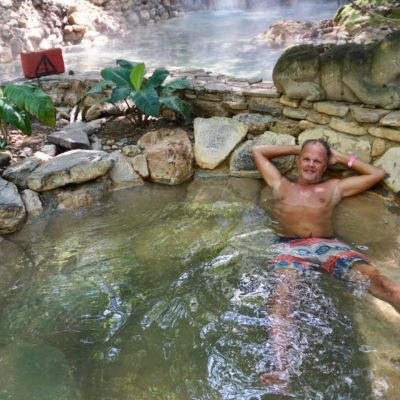 Im Hintergrund baden verböten, hier war es nur 40° Grad warm