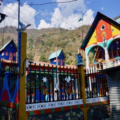 Die Dorfkirche in Jaibalito