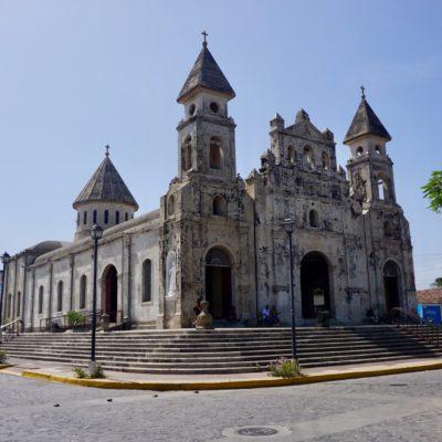 Noch mehr tolle Gebäude im Vergleich zu León