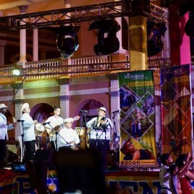 Kulturfestival in Granada. Super toll bei sehr angenehmen Temperaturen