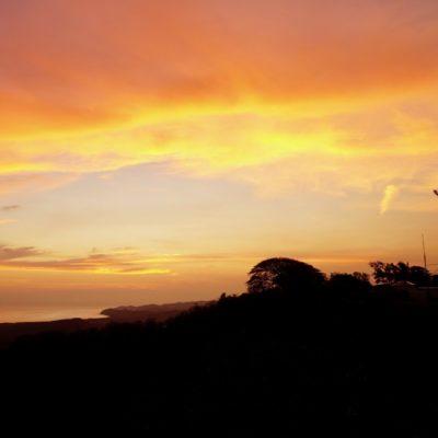Einer von vielen tollen Sonnenuntergängen. Unser  erster aber in Costa Rica