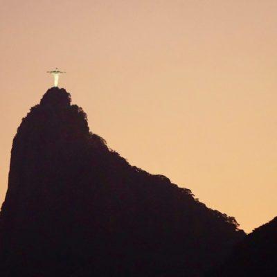 Die beleuchtete Christo Statue