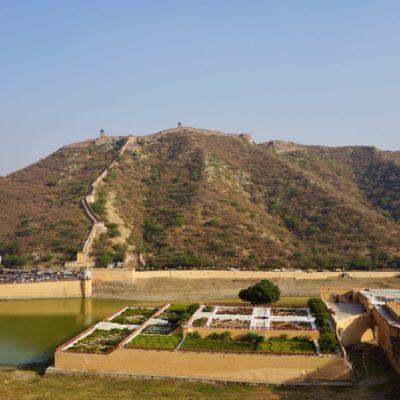 Gartenanlage am Fuße des Amber Fort