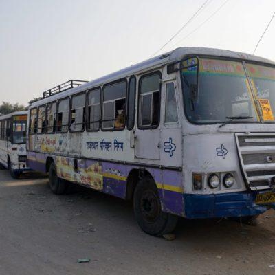 Unser 6 Sterne Bus von Pushkar nach Ajmer
